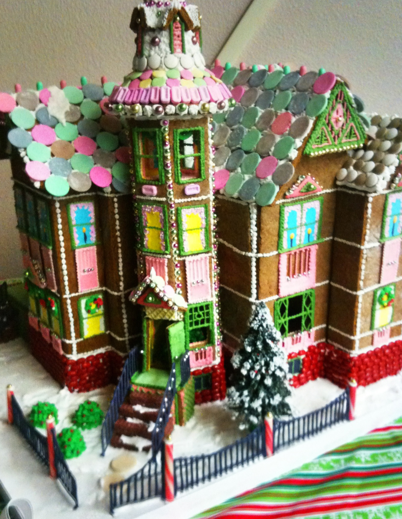 pertzborn gingerbread house coloring pages - photo#6